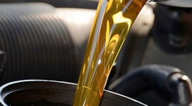 Engine Oil - Gear Oil